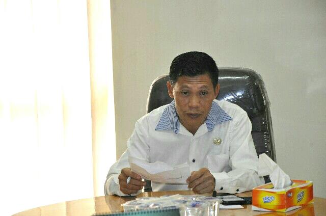 Pembagian Seragam Sekolah Terlambat, Komisi I DPRD Luwu Timur Pertanyakan