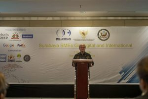 UKM Surabaya Ikuti Workshop Go Digital