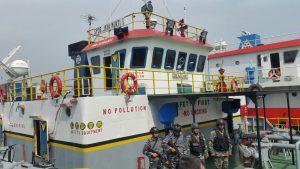 TNI AL Tangkap 2 Kapal Pengangkut BBM Ilegal