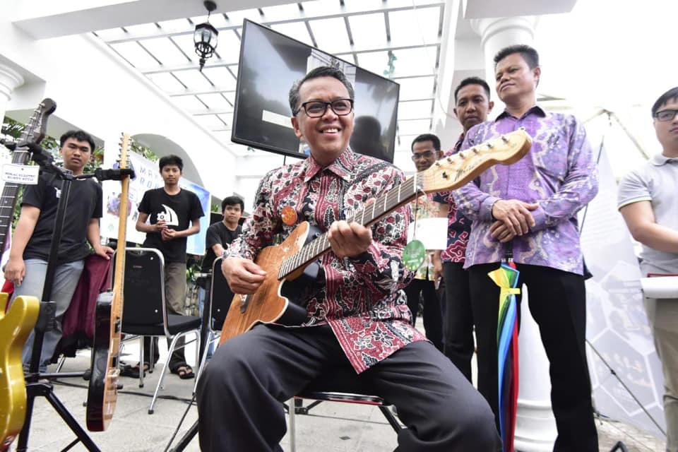 Komunitas Kreatif, Gubernur Sulsel Dalam Waktu Dekat Pemuda Sulsel Miliki Wadah Creative Hub