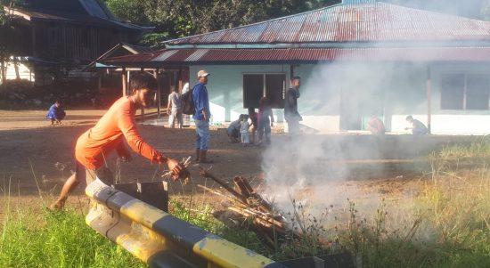 Bakti Sosial Sambut Idul Adha, Warga Dusun Balambano Semoga Masjid Kita ini Cepat Dibangun