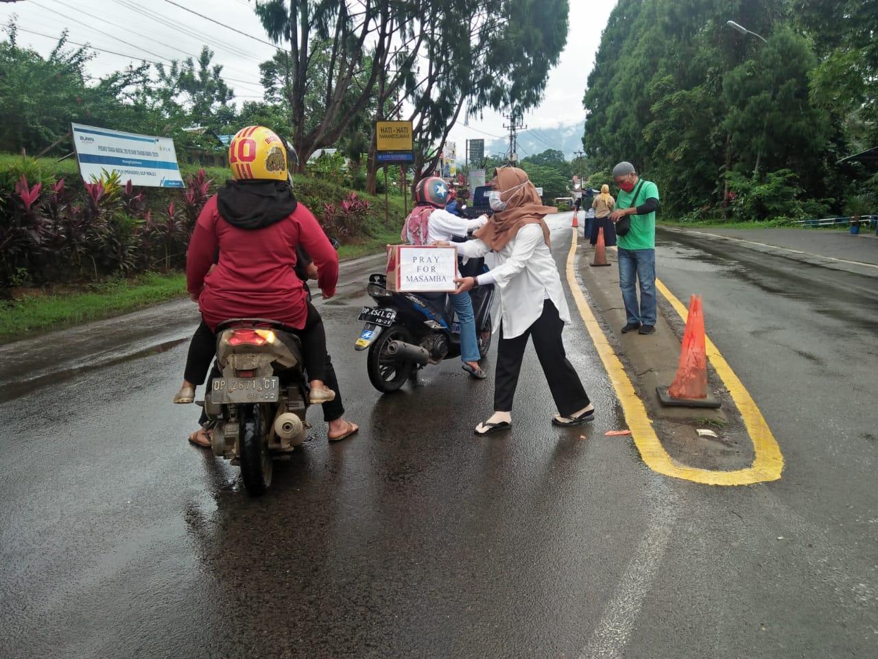 Relawan Malili Turun Ke Jalan Galang Bantuan Banjir Masamba