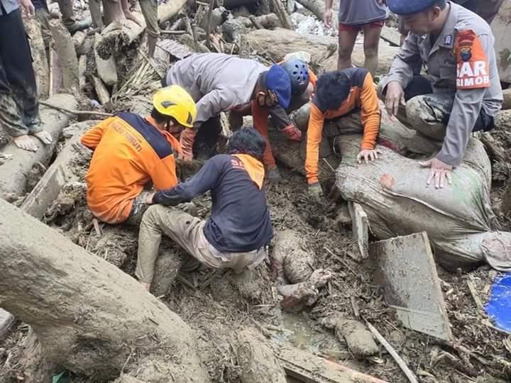Urgent! ini Logistik yang Sangat Dibutuhkan Korban Banjir Masamba