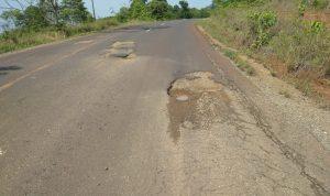 Pengguna Jalan Baipas Malili Keluhkan Jalan Rusak, Yusri Vale Segera Lakukan Perbaikan