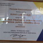 Mentan RI Berikan Penghargaan APPI Award Kepada Bupati Luwu Timur