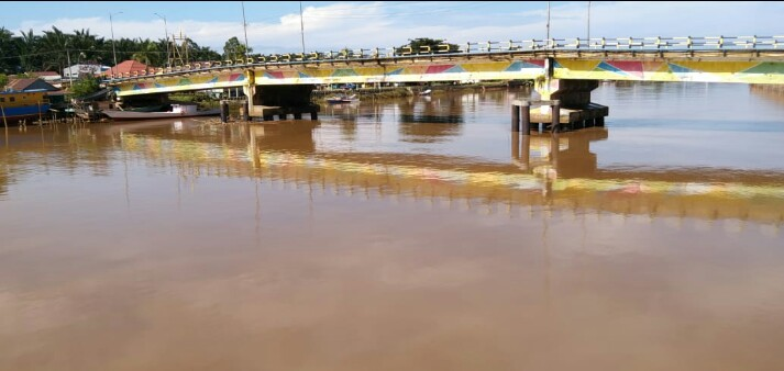 Pencemaran Sungai Malili, Warga : Usut Tuntas Oknum Yang Tidak Bertanggung Jawab