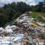 Masyarakat Sorot Tumpukan Sampah di Burau, Pemda Lutim Langsung Bertindak