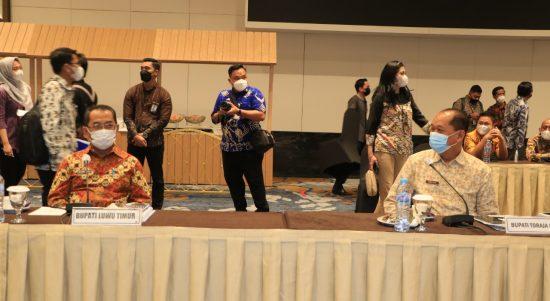 Sekda Luwu Timur Ikuti RUPS PT Bank Sulselbar di Makassar