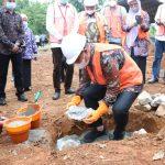 Wabup Budiman Letakkan Batu Pertama Gedung Perpustakaan Daerah Lutim