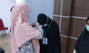 Arnis Khaliza Isnaeni dari Luwu Timur Juara 1 Lomba Tahfidz Al Qur'an dan Hadist Se-Sulsel
