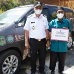 Bupati Luwu Timur Serahkan Hibah Kendaraan Operasional Untuk Yayasan
