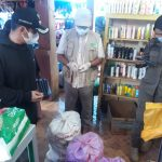 Timwas Temukan 5 Karung Kosmetik Kadaluarsa Saat Pengawasan di Pasar Malili