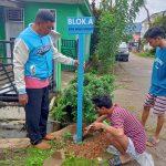 Pengunjung Sering Nyasar, Pemuda Lutim Peduli Kampung Pasang Papan Informasi BTN Wija Virgo
