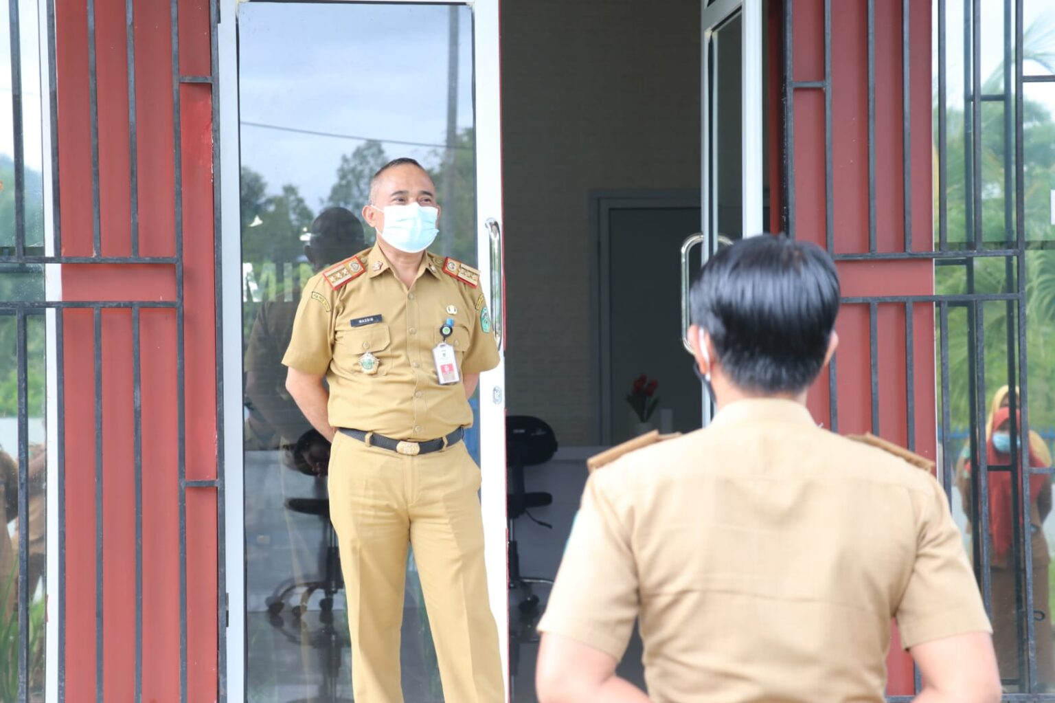 Pimpin Apel Pagi, Kadis Kominfo Minta Jajarannya Disiplin Presensi