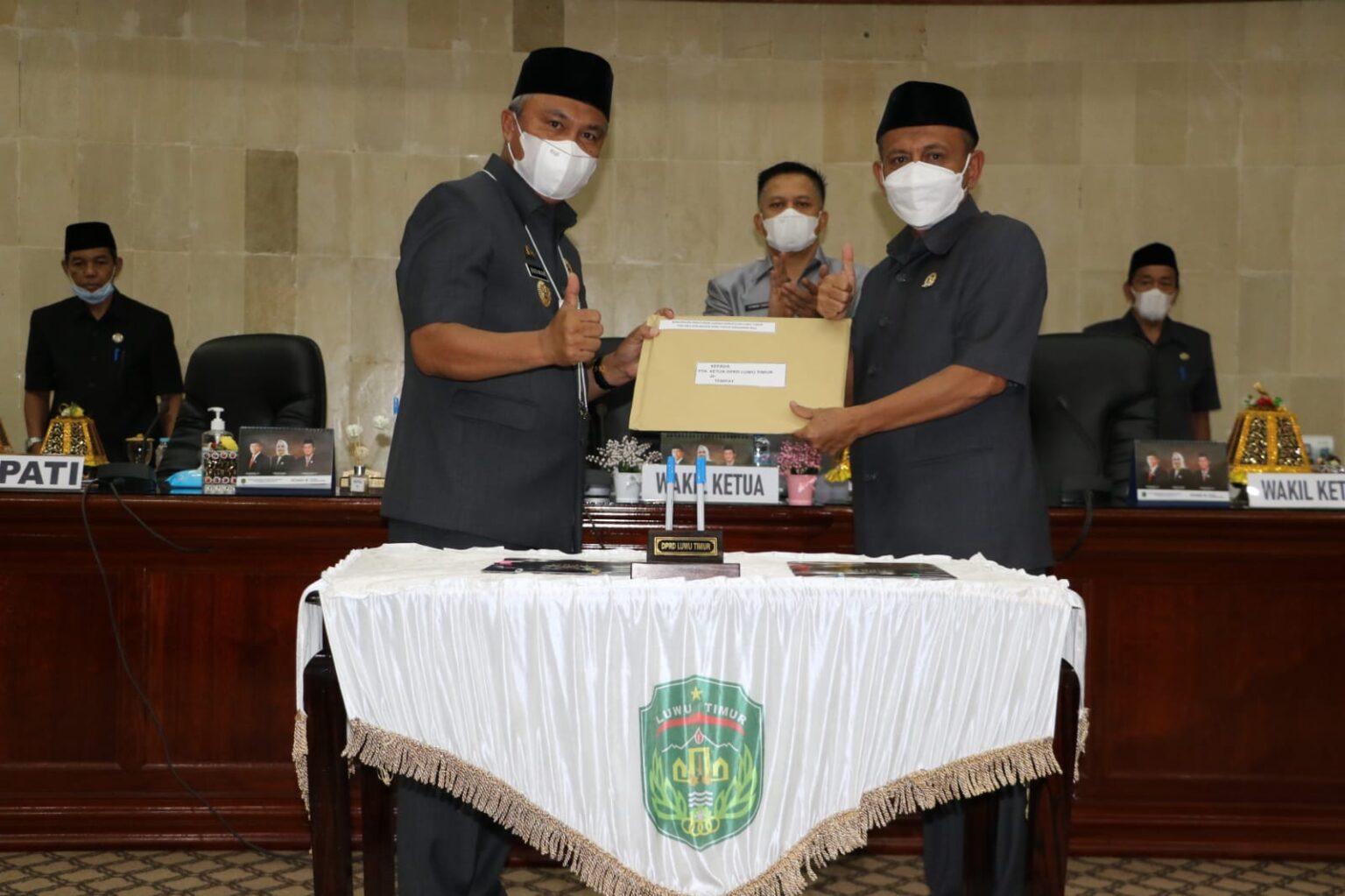 Bupati Lutim Minta DPRD Bersinergi Membangun Luwu Timur Berlandas Nilai Agama dan Budaya
